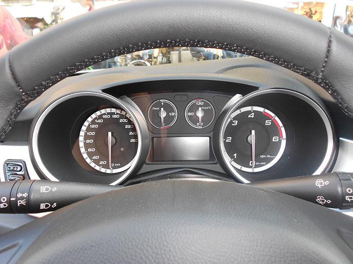Auto na minuty czy leasing?