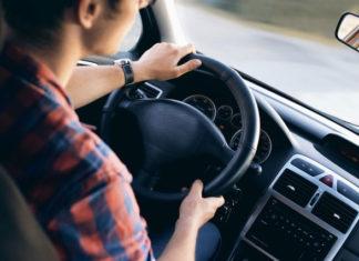 Awaria samochodu - jak poradzić sobie bez własnego auta?