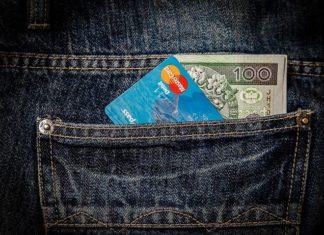 Pożyczki dla młodych bez historii kredytowej- na jakich warunkach i gdzie?
