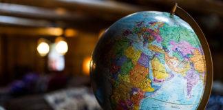 Rozpoczynasz swoją przygodę z handlem zagranicznym? Sprawdź, co musisz wiedzieć!