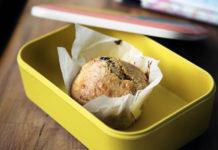 Jedzenie w pracy, czyli co włożyć do lunchboxa