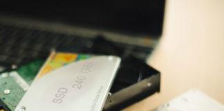 Dlaczego warto wybrać dysk SSD do laptopa?