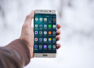 Gdzie najlepiej kupić telefon? Smartfon w sklepie czy online