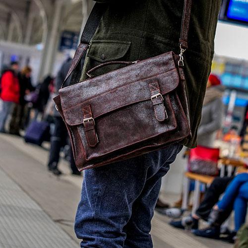 Gdzie kupić skórzaną torbę na laptopa w Szczecinie