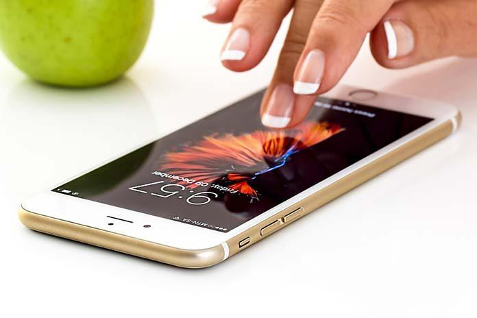 Gdzie wymienić szybkę w iPhone
