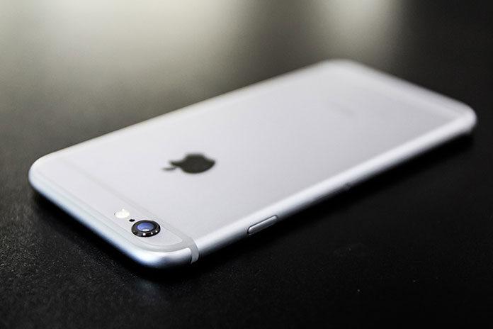 Wymiana szybki w iPhone w serwisie Apple